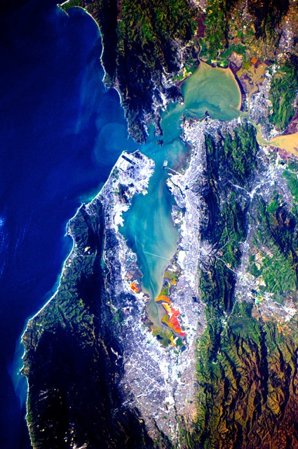 san-francisco-from-space-station-by-andrecc81-kuipers-portrait